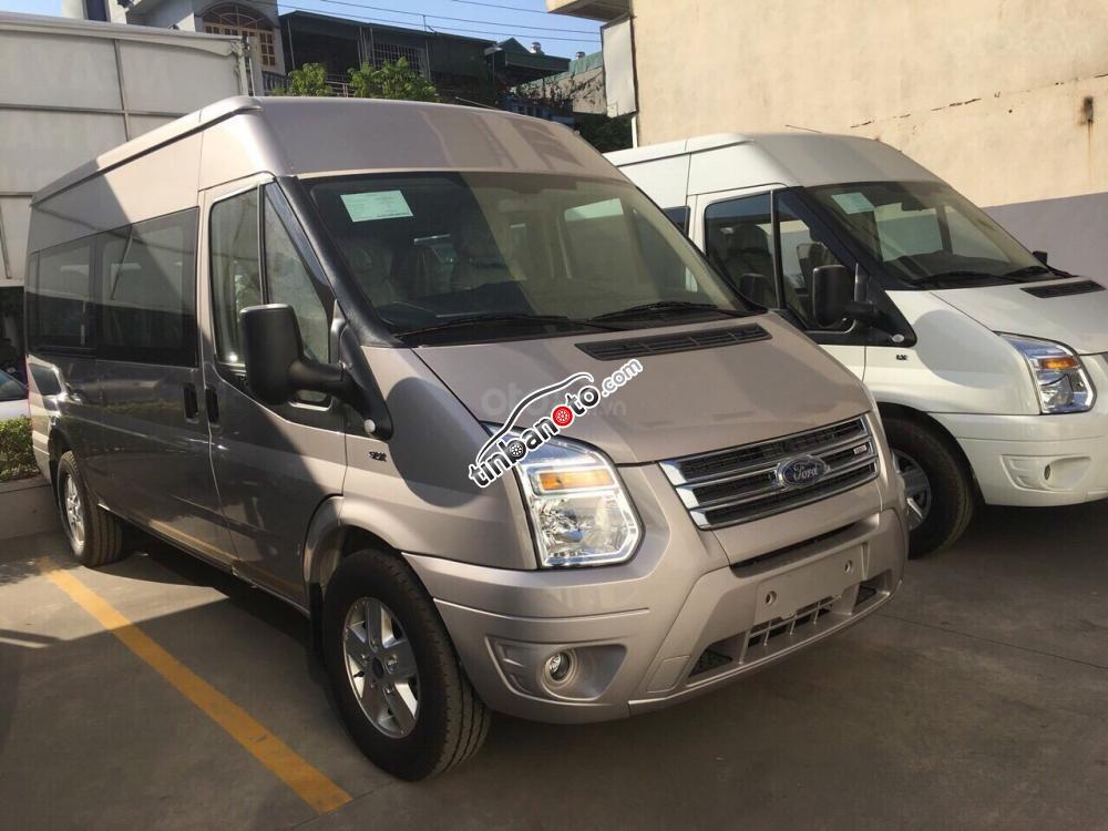ban oto Nhap khau Ford Transit 2.4 SVP 2018