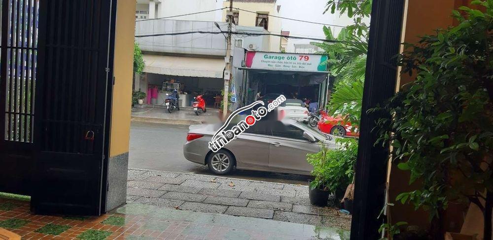ban oto Nhap khau Hyundai Sonata      2010