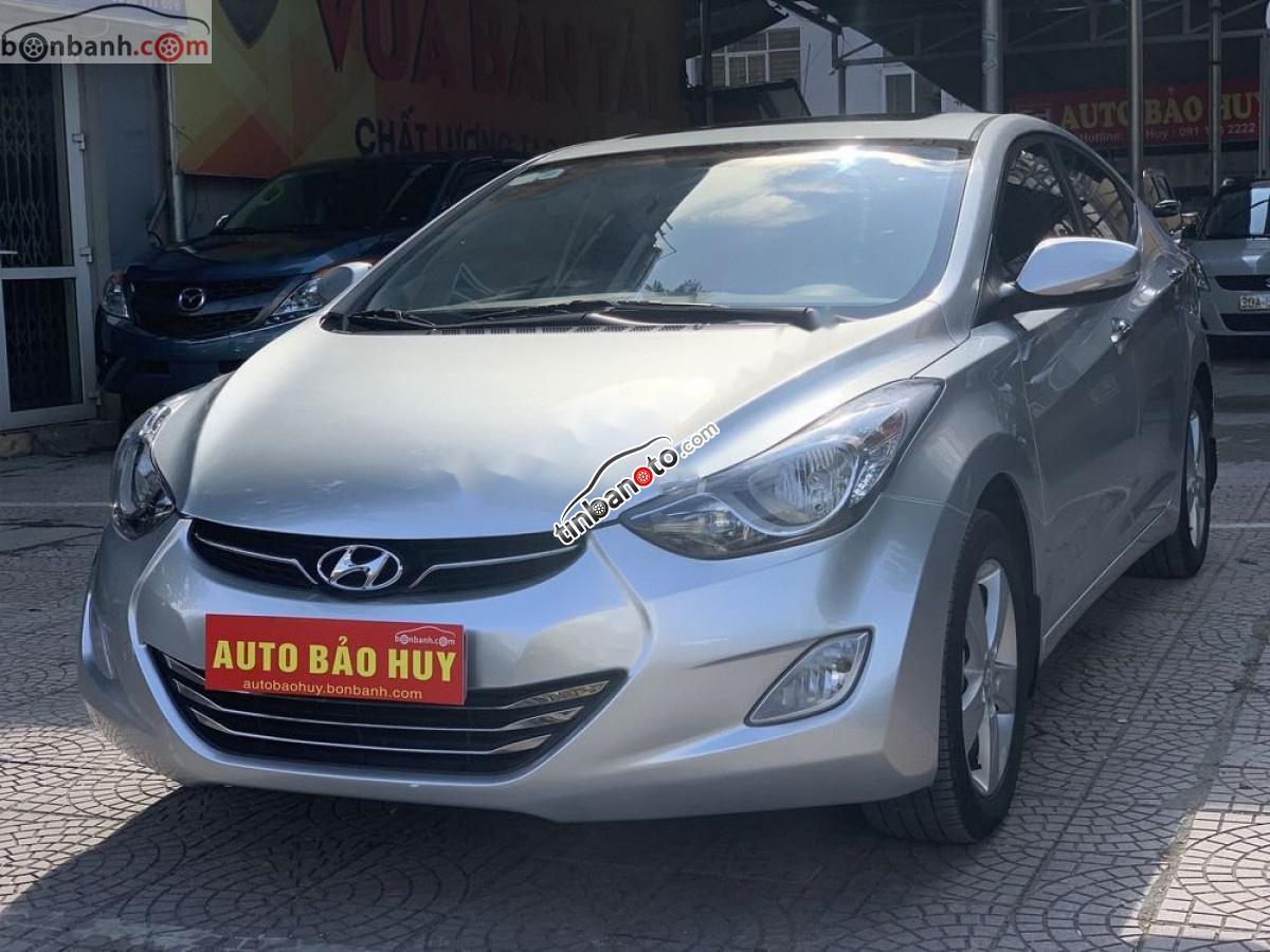 ban oto Nhap khau Hyundai Elantra  2013