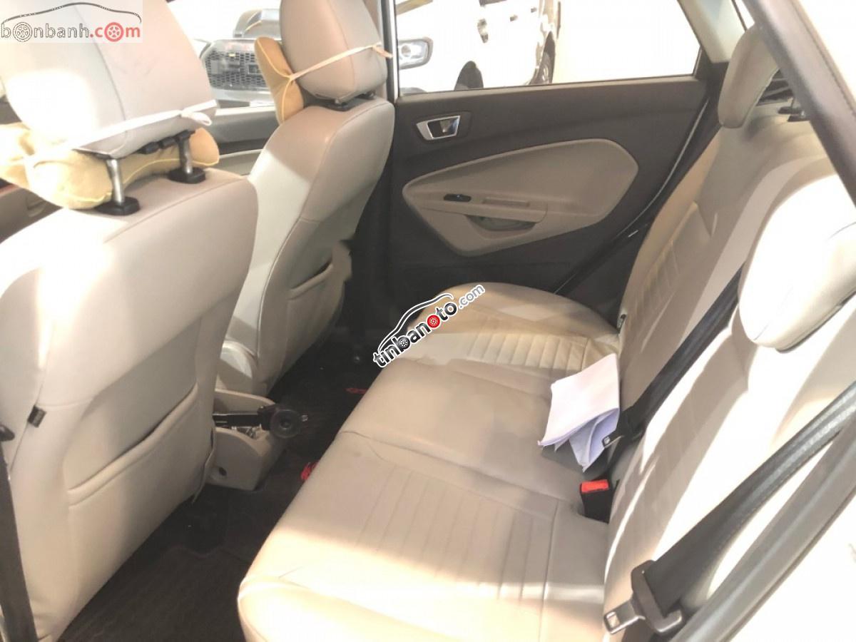 ban oto Lap rap trong nuoc Ford Fiesta  2014