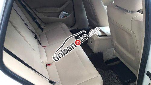 ban oto Lap rap trong nuoc BMW X1  2011