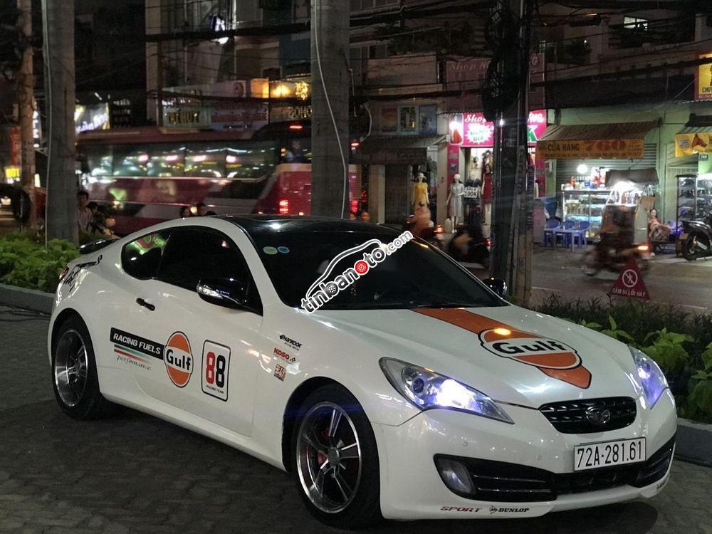 ban oto Nhap khau Hyundai Genesis  2010