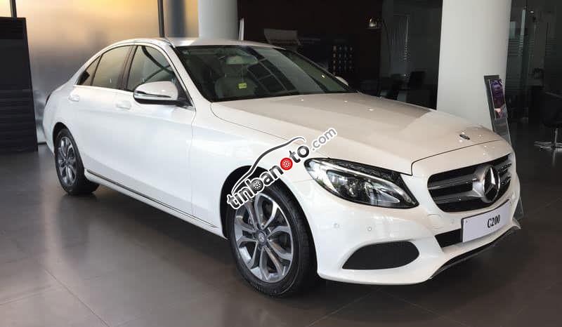 ban oto Lap rap trong nuoc Mercedes-Benz C class C200 2020