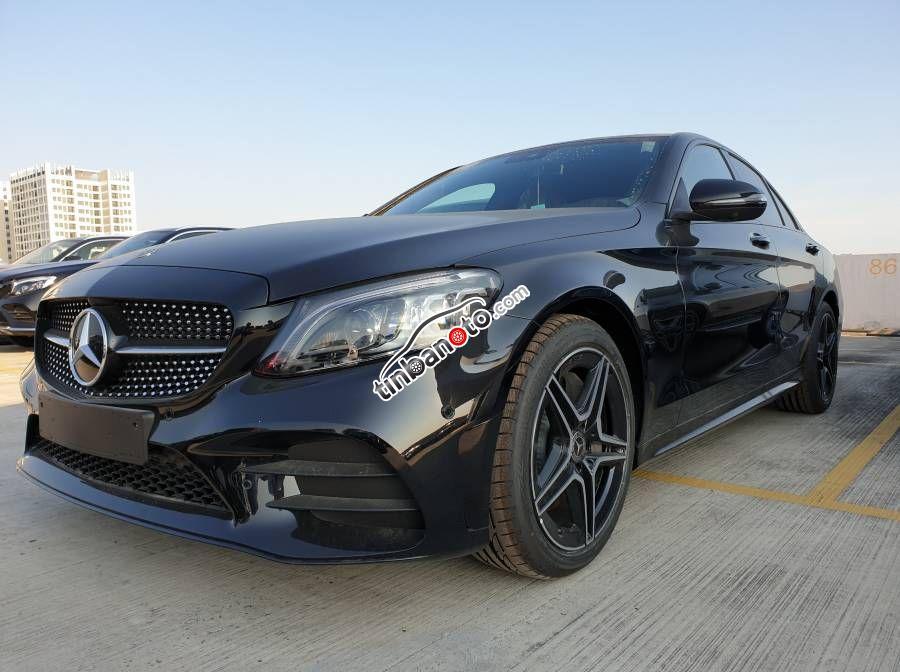 ban oto Lap rap trong nuoc Mercedes-Benz C class C300 2020