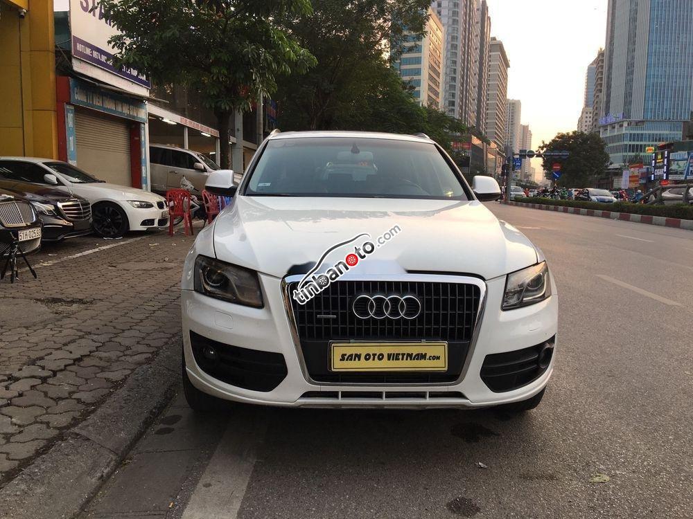 ban oto Nhap khau Audi Q5  2011