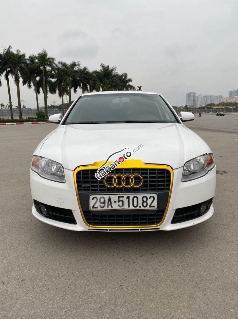 ban oto Nhap khau Audi A4  2010