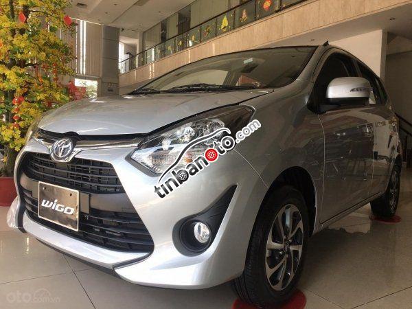 ban oto Nhap khau Toyota F-Pace  2020